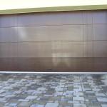 drevená garážová brána - zvislé frézovanie