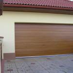 drevená garážova brána - vodorovné frézovanie