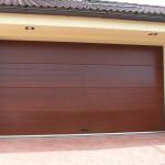 drevená garážová brána - dva krat vodorovné frézovanie